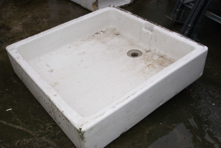 Large enamelware sinks