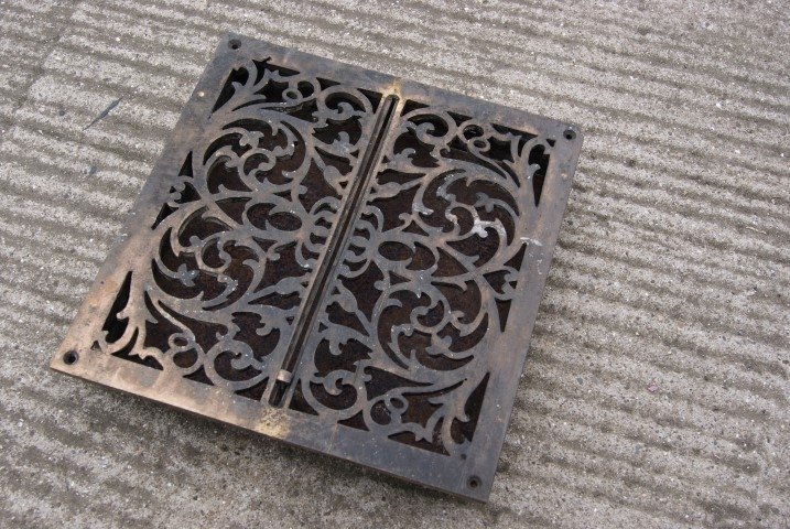 Early Victorian floor vents