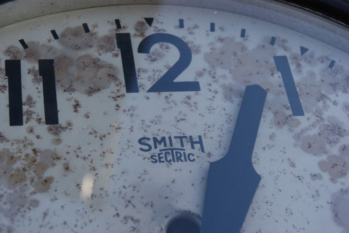 Smith Sectric Wall Clock